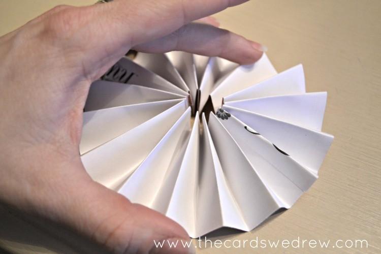 form a pinwheel