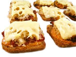 mini-reuben-appetizers-photo-1-300x2251
