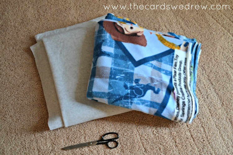 what you need to make a fleece blanket