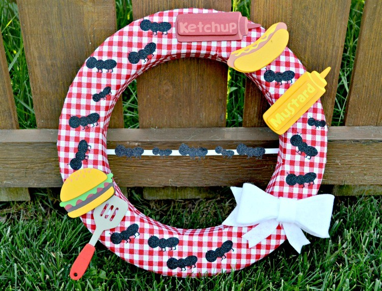 picnic wreath in grass