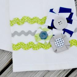 riley blake fabric rosette towel closeup