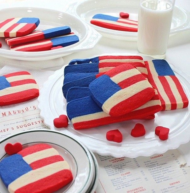 SugaryWinzy-Red-White-and-Blue-Flag-Cookies1