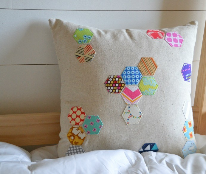 hexagon-pillow