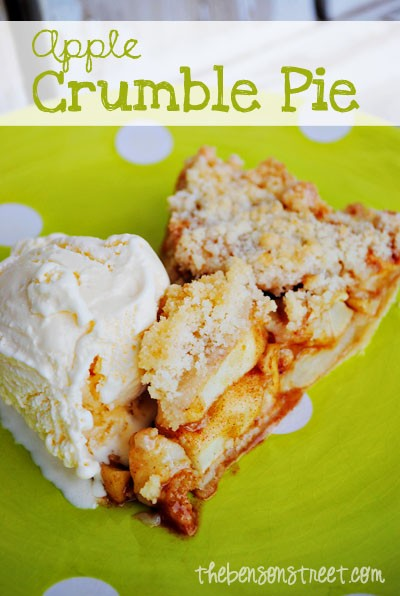 Easy-Apple-Crumble-Pie-at-thebensonstreet.com_