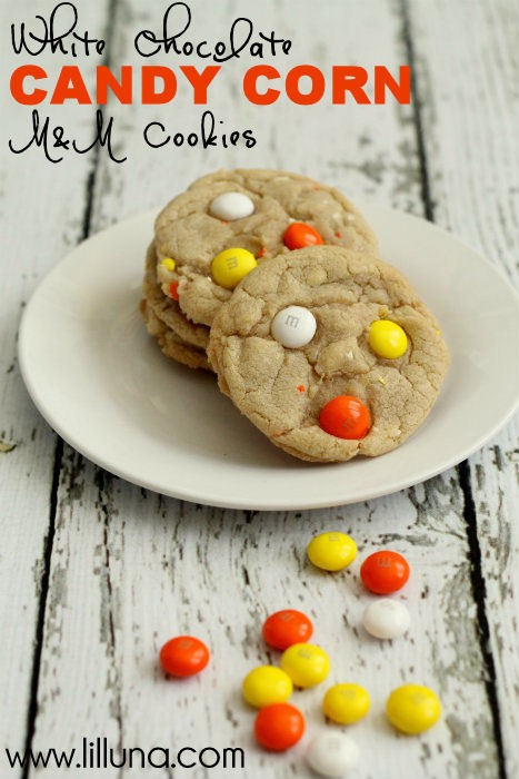 White-Chocolate-Candy-Corn-MM-Cookies.-These-cookies-are-easy-and-DELISH-cookies