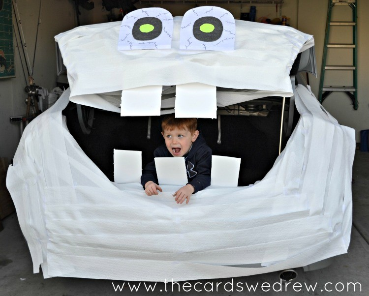 Trunk or Treat Mummy with Cottonelle Triple Roll Toilet Paper