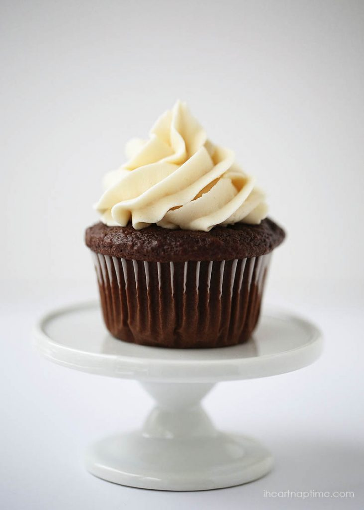 Best-chocolate-cupcake-recipe-from-I-Heart-Nap-Time