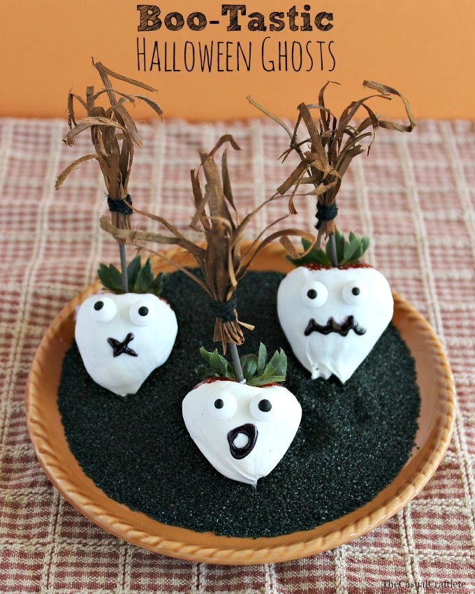Boo-Tastic-Halloween-Ghosts-using-Driscolls-Strawberries-by-www.thecasualcraftlete.com_