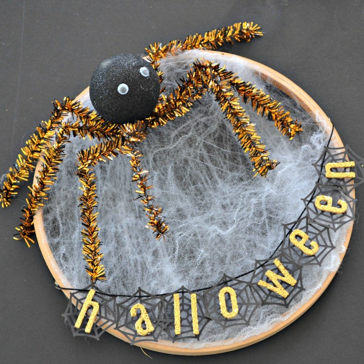 Halloween Embroidery Hoop Web