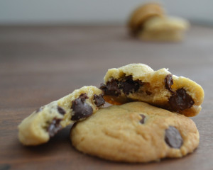 Best_chocolate_chip_cookies_ever_-_frenchie_creates_13_1024x1024