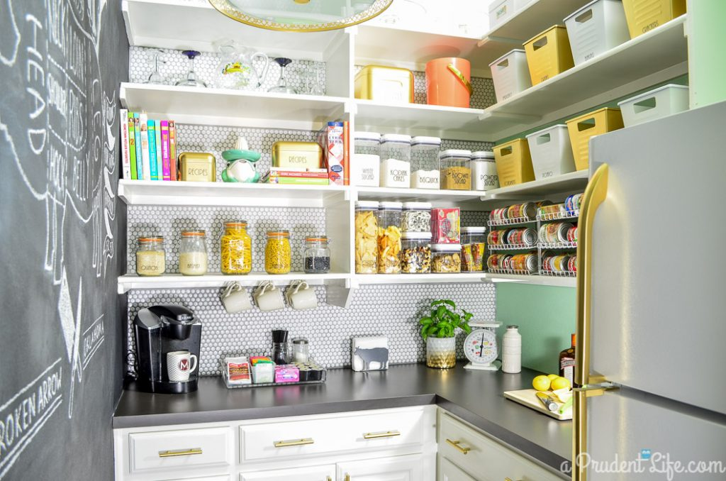 Organized-Pantry-Makeover-16