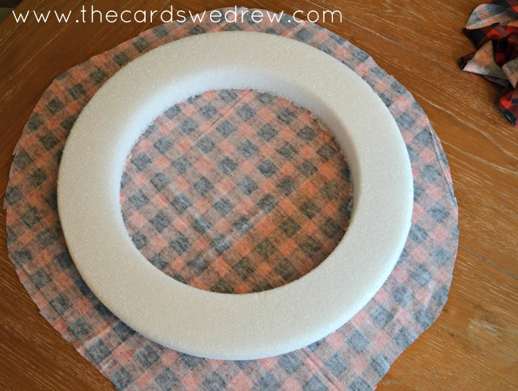 cut a circle out of fabric
