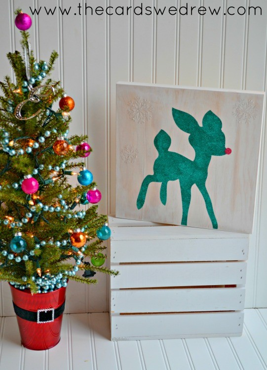 glitter reindeer sign using silhouette