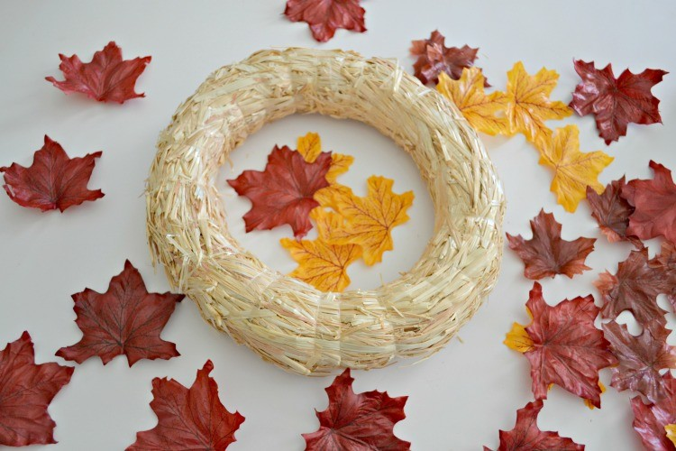 wreath form with leaves