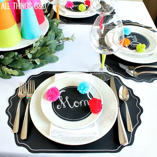 diy-pom-pom-garland-tablescape