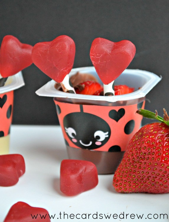 chocolate love bug pudding cup