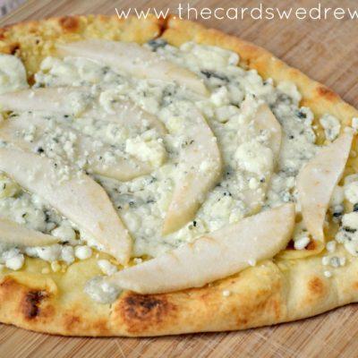 Pear Gorgonzola Flatbread Pizza