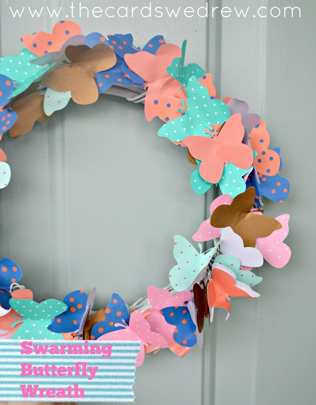 15 Minute Craft Idea- Swarming Butterfly Wreath