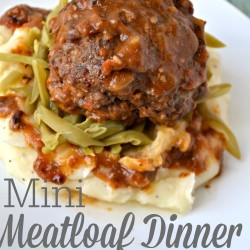 Mini Meatloaf Dinner over Mashed Potatoes and Green Beans #WeekNightHero #ad