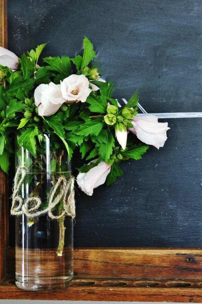 jute-twine-letter-vase