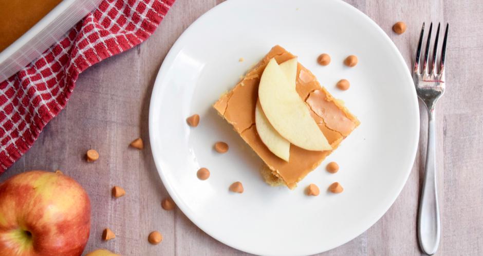 Caramel Apple Dump Cake {4 Ingredients}