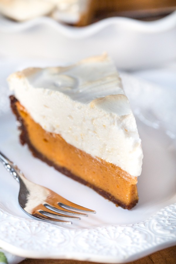 Sweet-Potato-Pie-with-Bourbon-Meringue-3