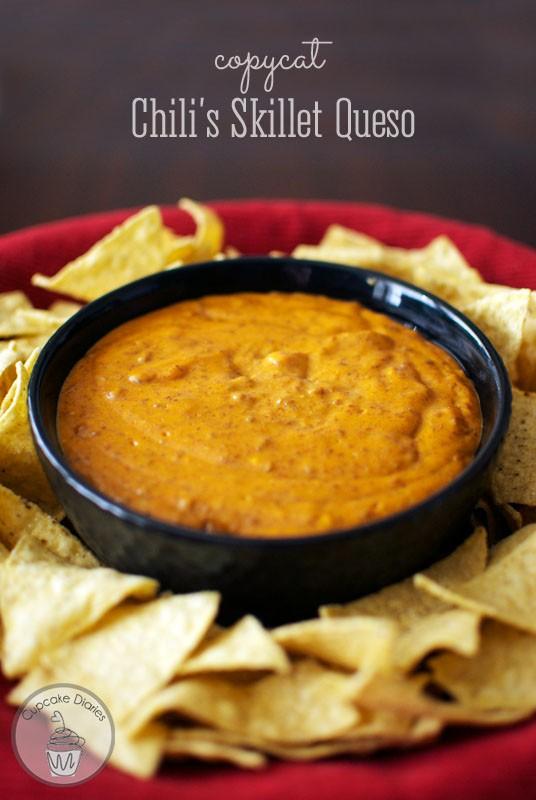 copycat-chilis-skillet-queso