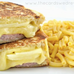 How to Make the Perfect Gourmet Grilled Cheese