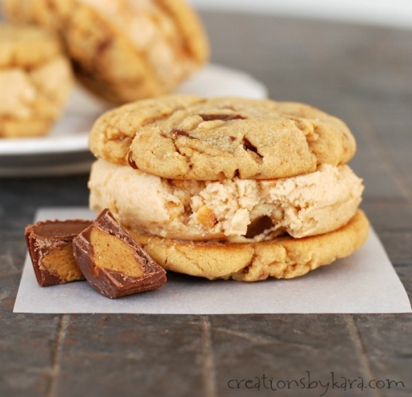 20 Delectable Reese's Recipes | www.thecardswedrew.com