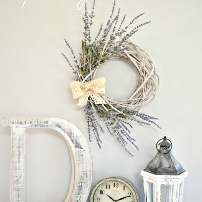Simple Farmhouse Spring Wreath