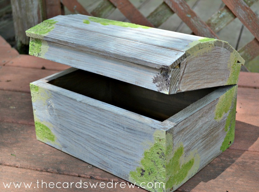 DIY Mossy Chest