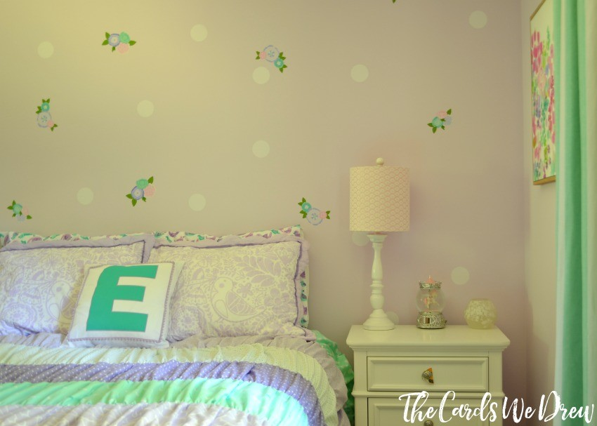 girls-lilac-and-teal-bedroom-reveal