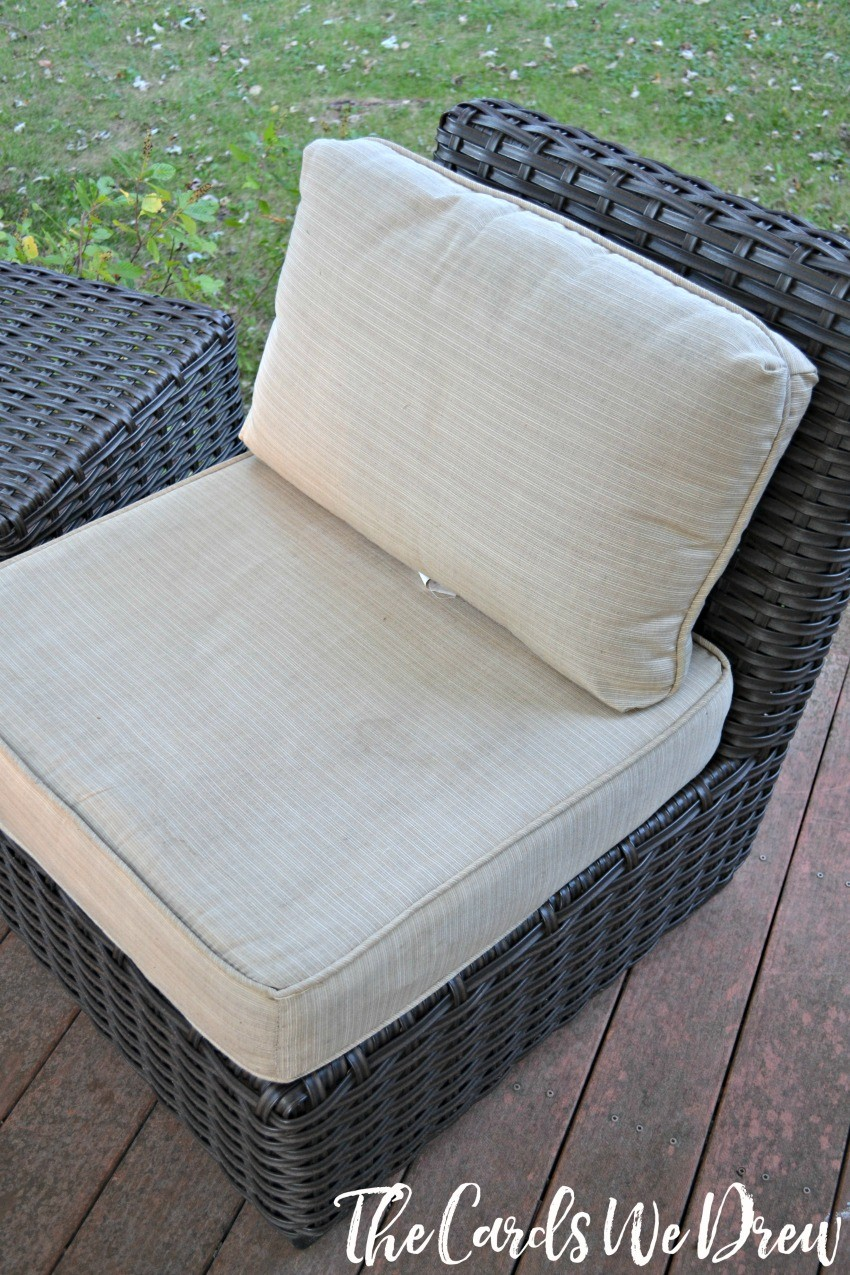 cleaned-patio-chairs