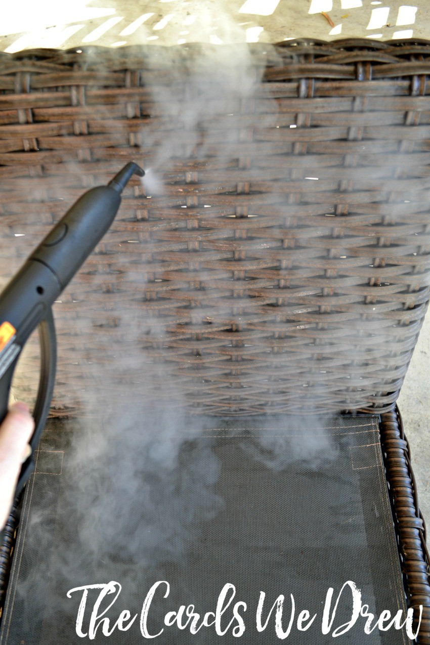 steam-cleaning-patio-furniture