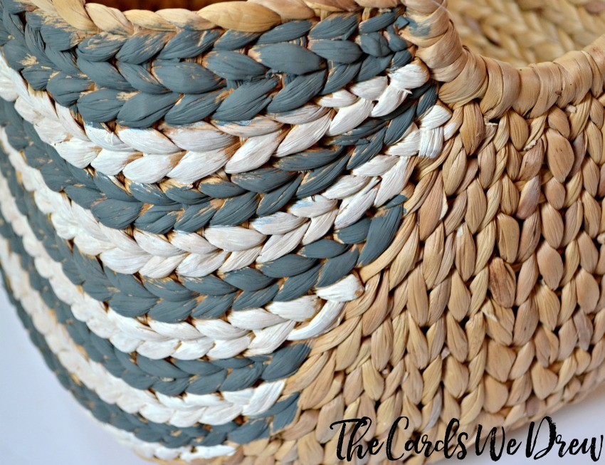 gray-and-white-striped-basket-tutorial