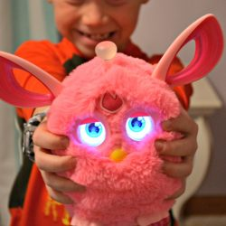 The Furby Connect – Hottest Gifts of 2016