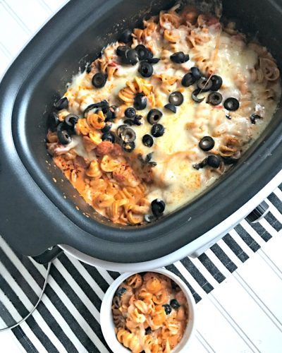 Slow Cooker Pepperoni Pizza Mac and Cheese with the Ninja® Cooking System with Auto-iQ™
