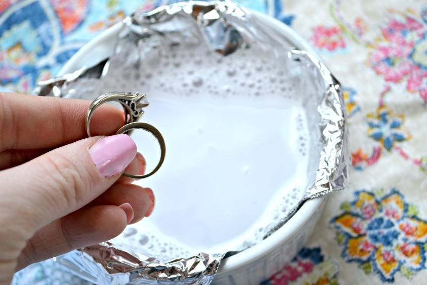 Chemical Free Way To Clean Your Jewelry And Wedding Rings