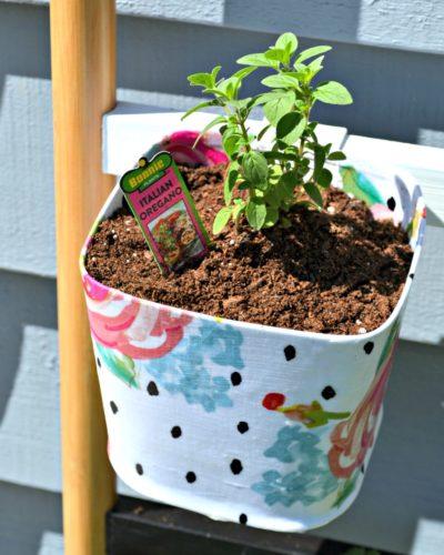 Mod Podge Herb Ladder Planter
