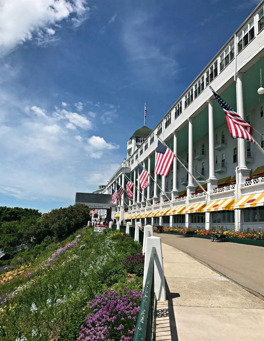hotels mackinac island