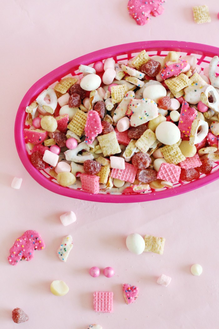 animal cookie trail mix