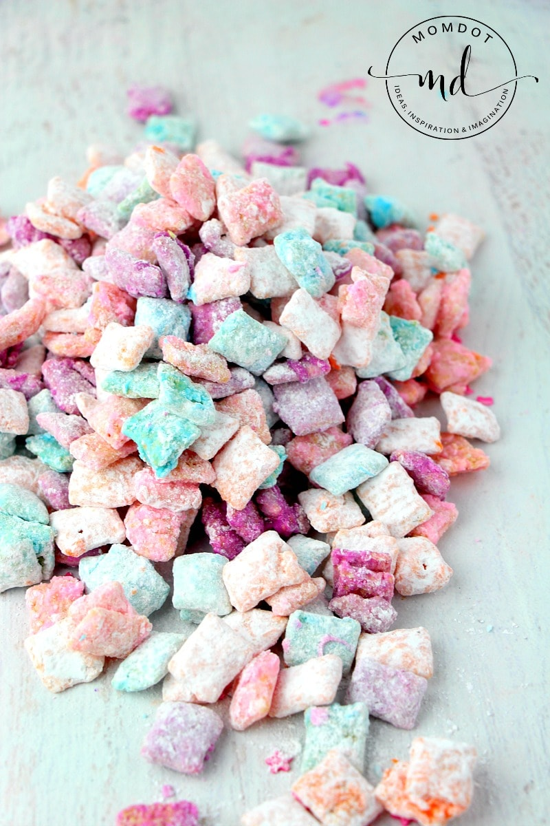 unicorn muddy buddy snack mix