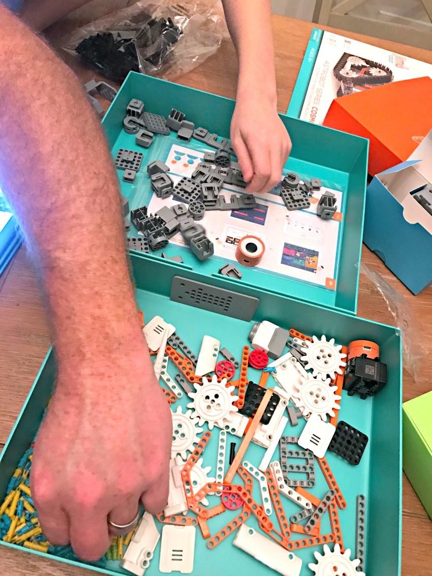 building a JIMU robot