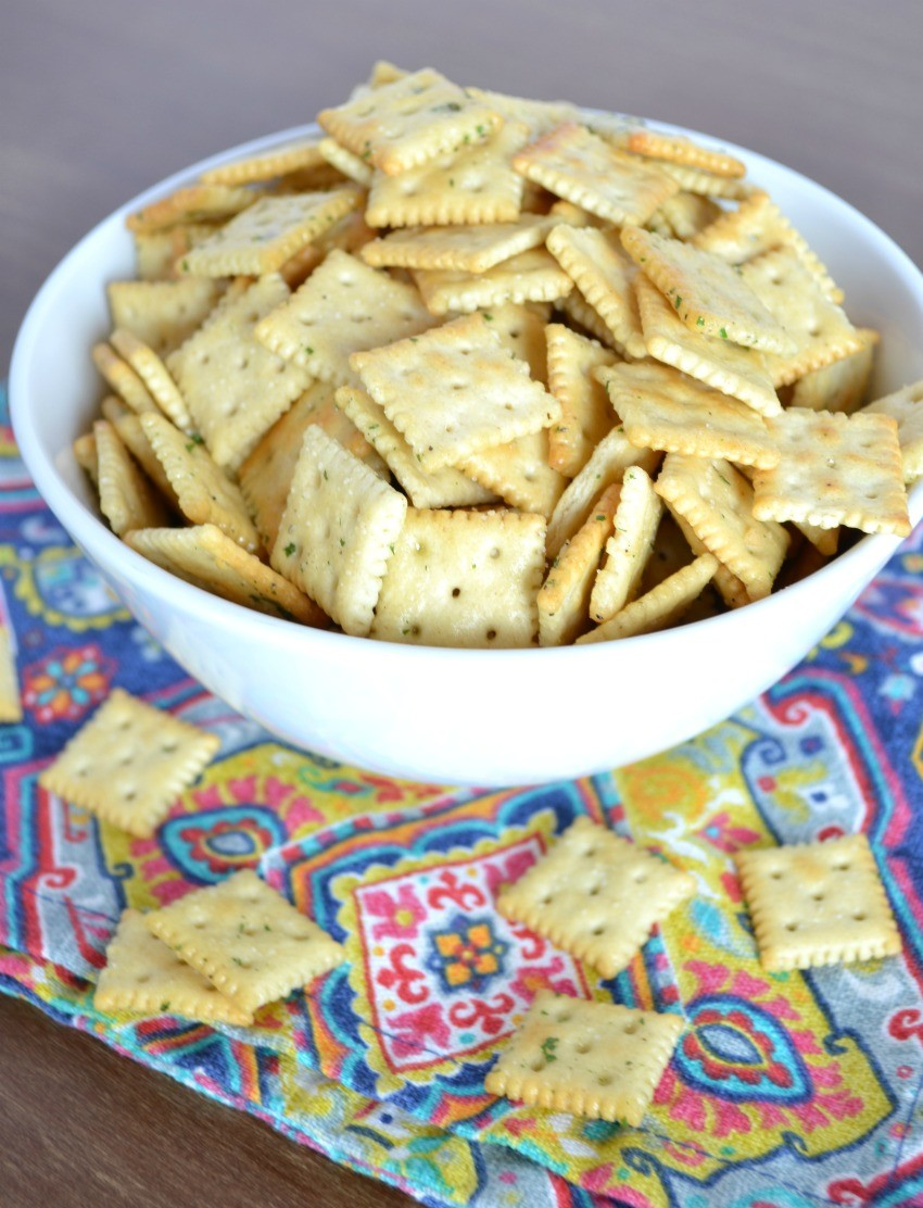 easy ranch crackers