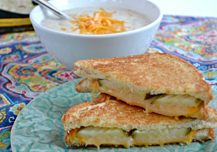 grilled cheese with pickle
