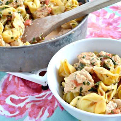 One Pan Feta and Spinach Chicken Tortellini
