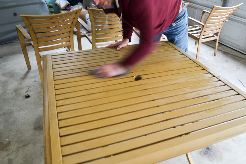 how to redo patio furniture