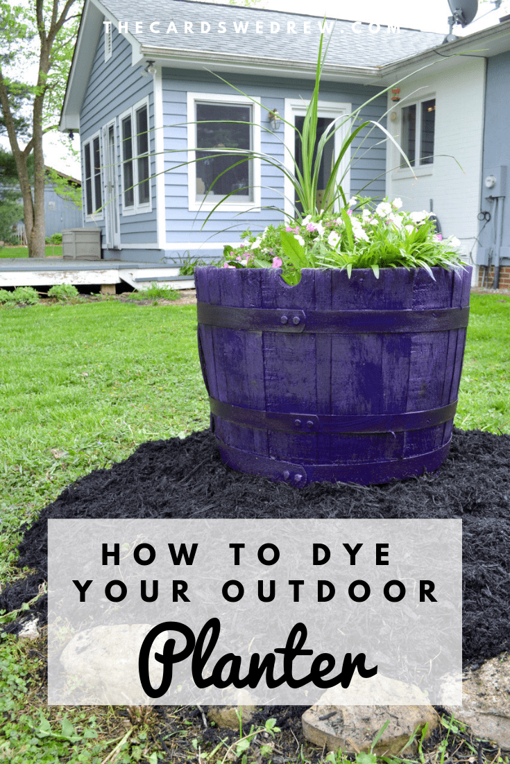 How to Dye an Outdoor Planter