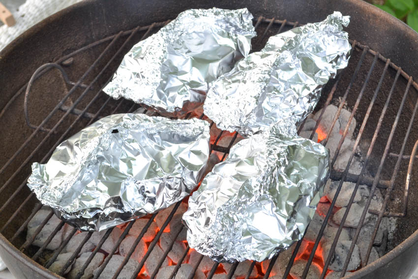 how long to grill chicken in foil packets