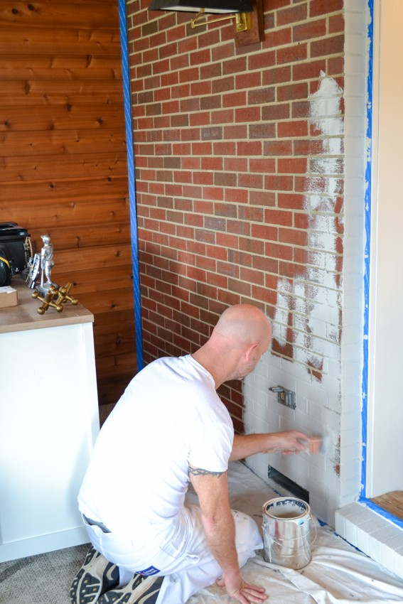 Paint brush for brick wall